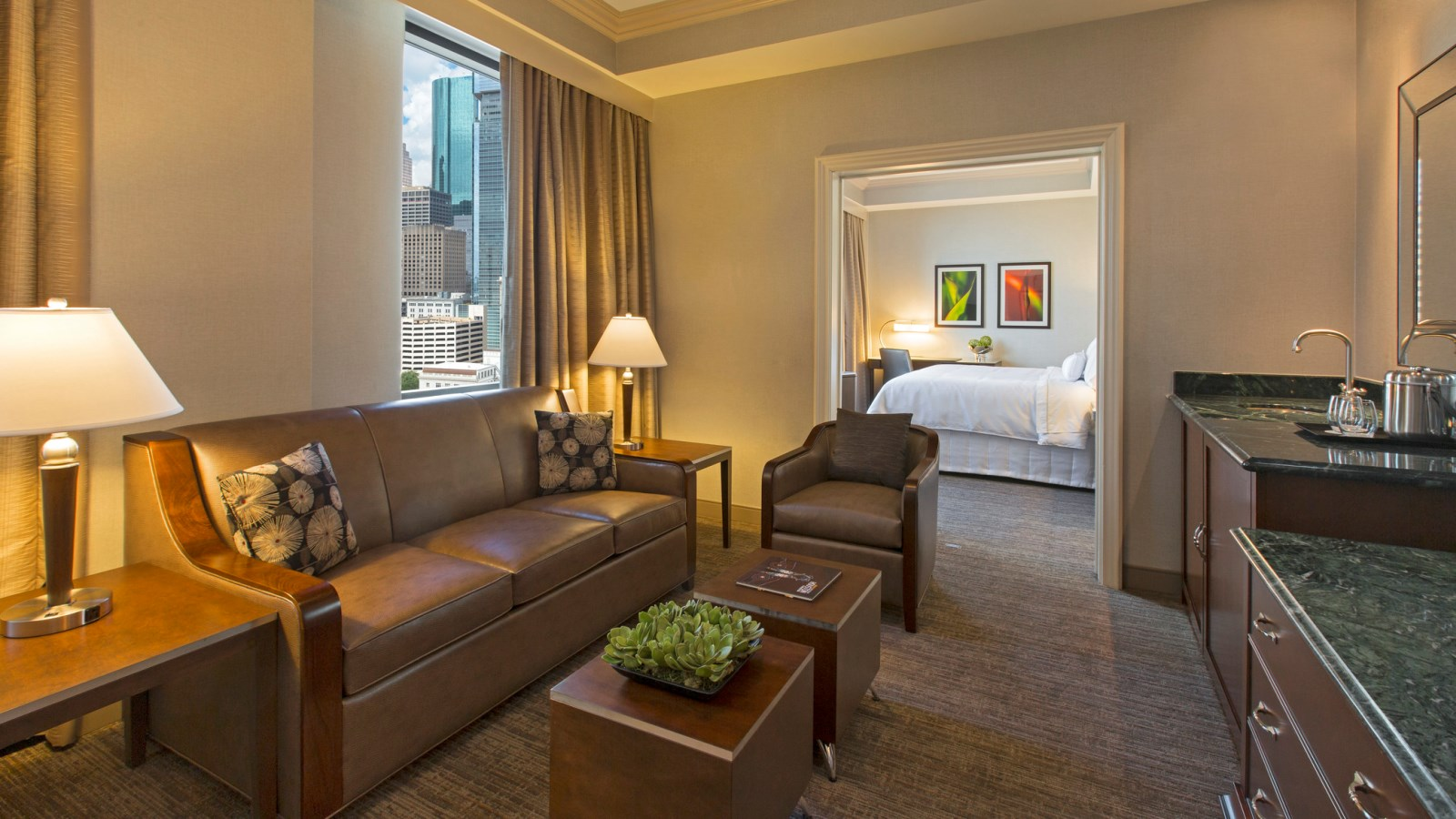 Parlor Suite | The Westin Houston Downtown
