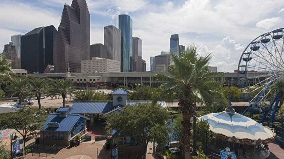 Located In The Heart Of Houston S Downtown Westin Is Conveniently Near Many Best Things To Do And A Quick